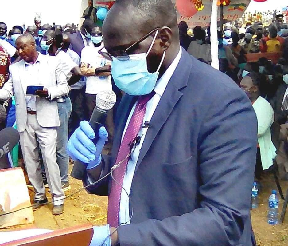 Regional President, Omot Opened the Jekow Bridge Ceremony after completion